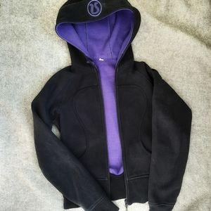 SALE🔥Lululemon Scuba Hoodie Black Purple lining 4
